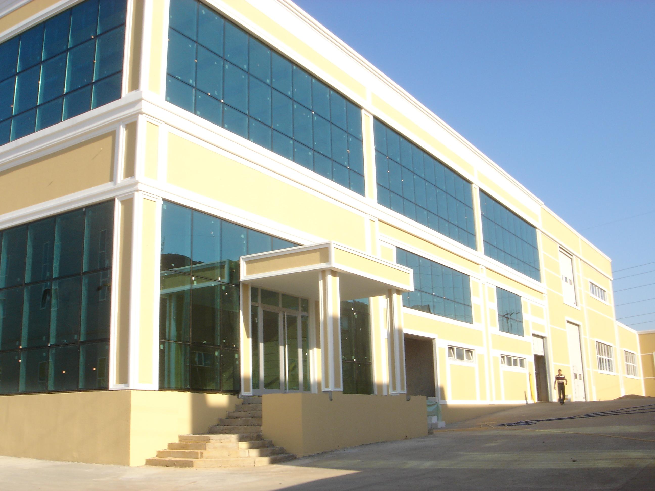 Tuzla Fabrika Binası